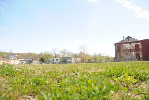 Deadline draws near on Renaissance Place contract