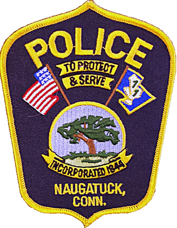 Off-duty Naugatuck officer helps woman in one-car crash