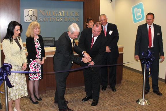 Naugatuck Savings Bank opens new branch office