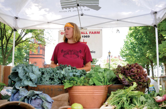 Farmers market opens for fresh season