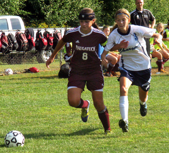 Naugy girls perfect on the young season