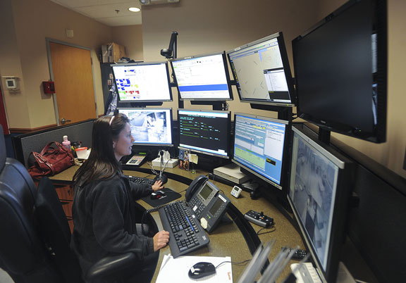 Borough approves new deal for police dispatchers