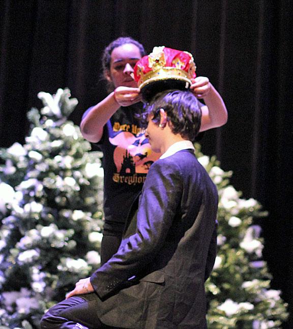 Crowning Mr. Greyhound