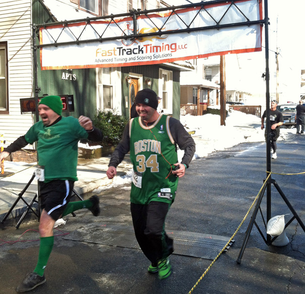 Runners flocking to road race