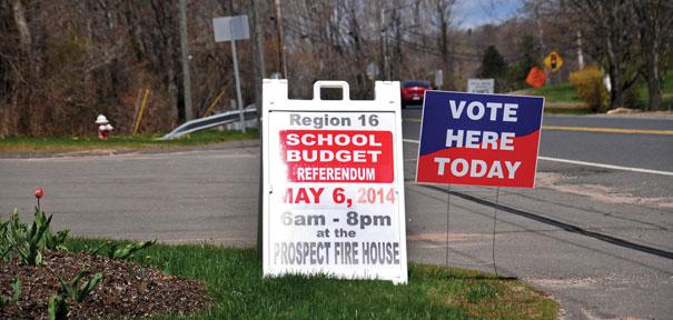 Budget passes referendum test