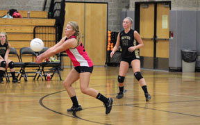 Hawks start title defense with win