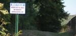 Signs reignite easement dispute