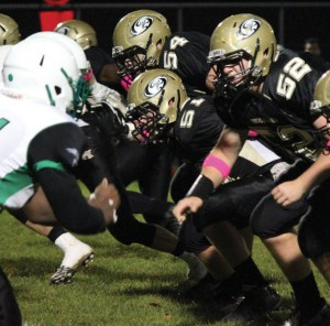 Woodland senior David Bobbie (51), who has the tenth most rushing yards in team history, made the switch from running back to offensive line during this season for the betterment of the team. –ELIO GUGLIOTTI